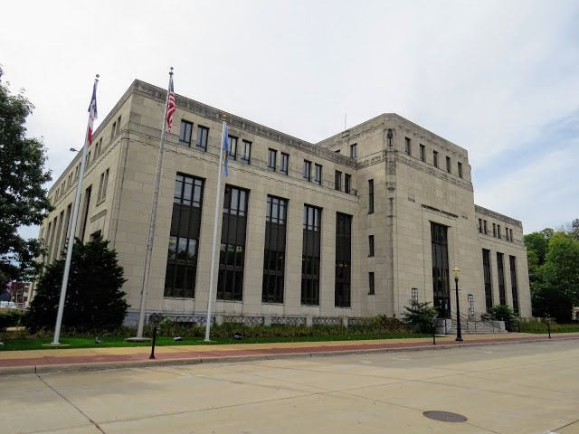 Dubuque post office