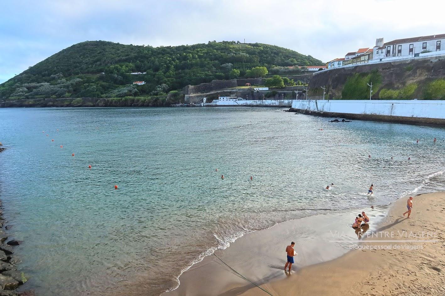 Admirar o Monte Brasil e a Fortaleza de São João Baptista, na ilha Terceira