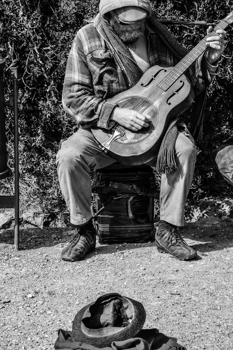 Musica di strada, musica vissuta. di Sara Brucato