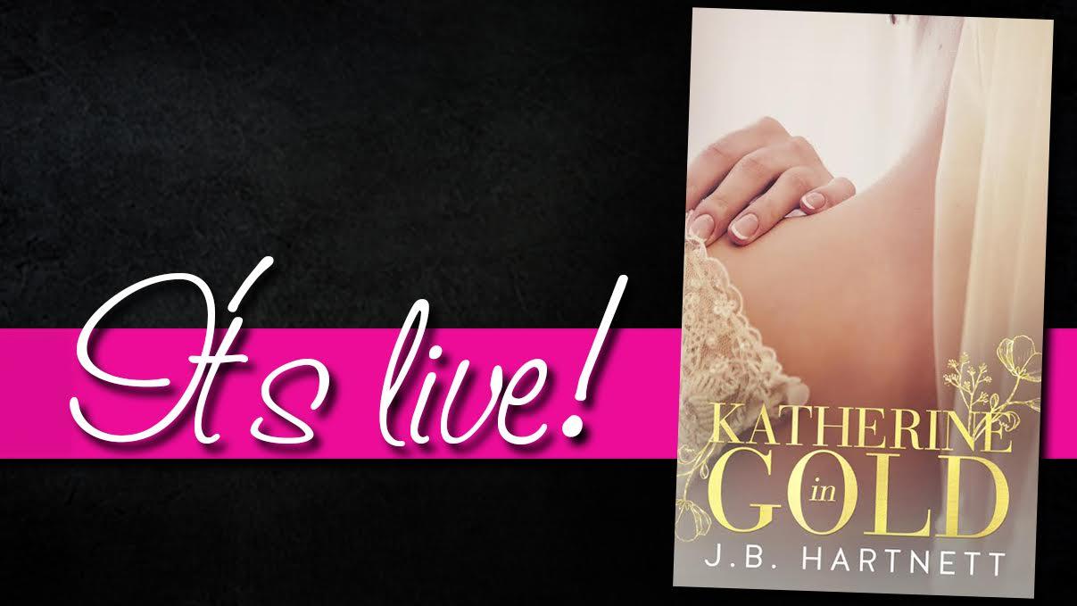 Katherine in gold live.jpg