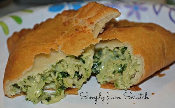 Lizzys Pollo,cilantro And Lime Empanada's