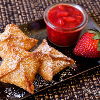 Strawberry Cheesecake Wontons