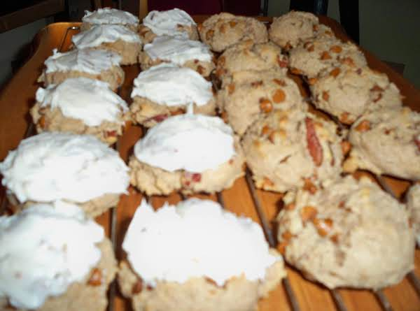 Spiced Pecan Cream Cheese Cake Cookies-annette's