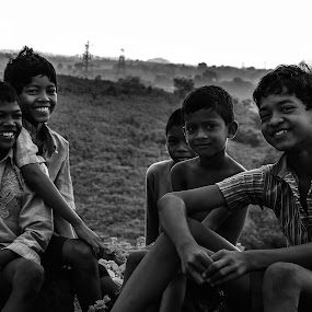 smile for a click by Deependra Bapna - Babies & Children Children Candids ( kids, smile, black&white )