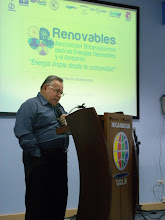 Photo: Dr. Jaime Incer Barquero en el lanzamiento de RENOVABLES