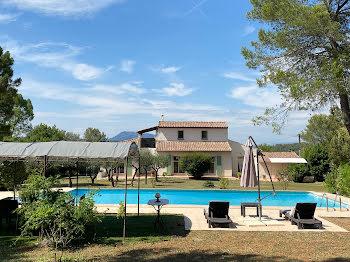 villa à Le Val (83)