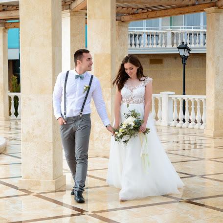 Wedding photographer Anna Gluschenko (Annetka1990). Photo of 26.01.2018