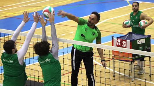 Manolo Berenguel también lo da todo en los entrenamientos.
