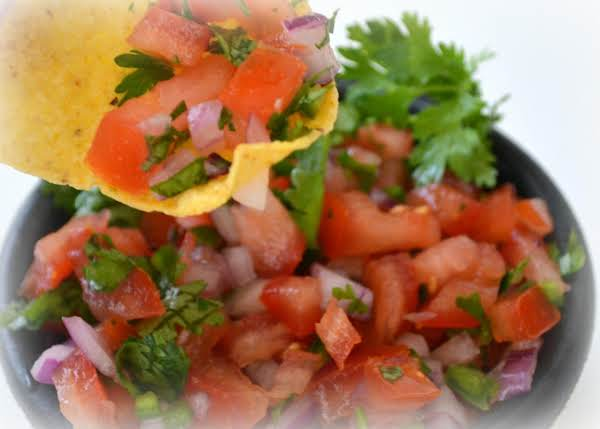 Chipotle-inspired Pico De Gallo