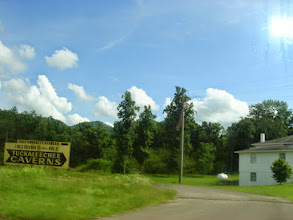 Photo: sign for Tuckaleechee Caverns