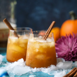 Pumpkin Pie Smash Cocktail.