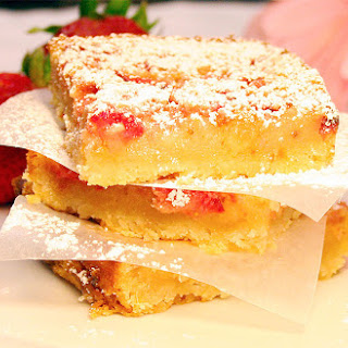 Strawberry Pineapple Lemonade Bars