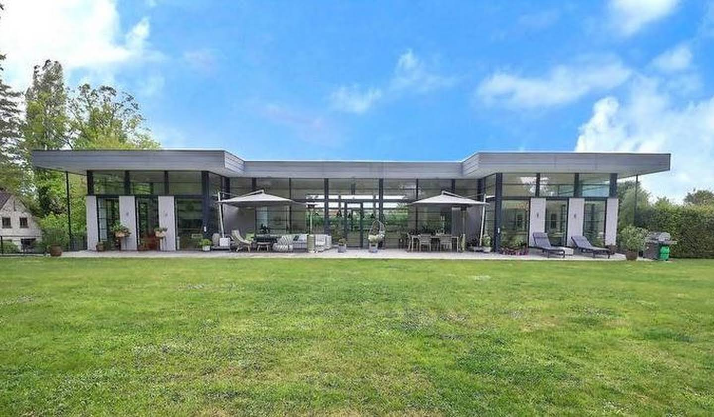 Villa avec piscine et terrasse Uccle