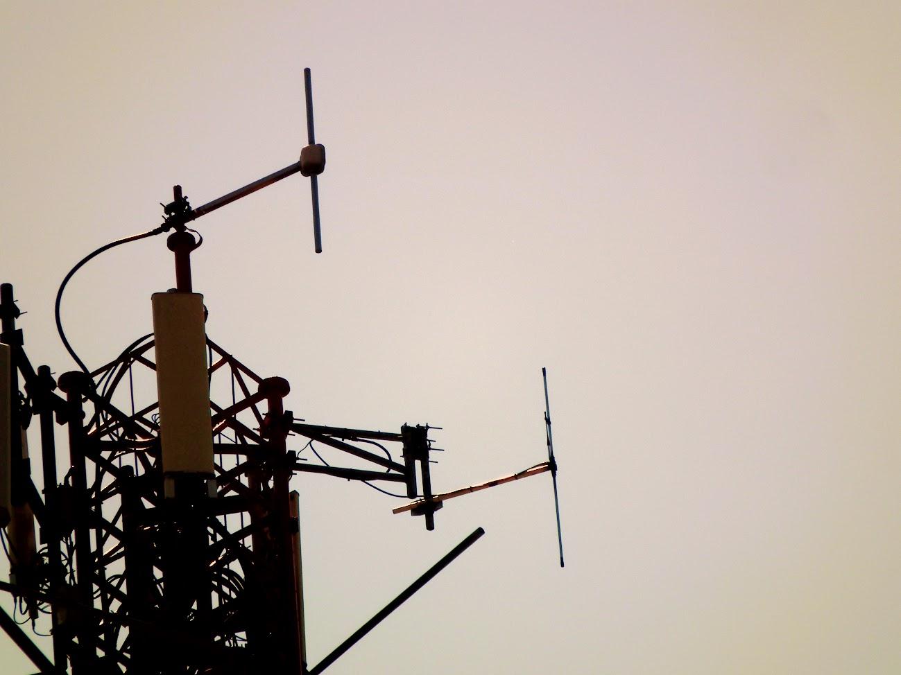 Kaposvár/belváros, Telekom torony - helyi URH-FM adóállomás