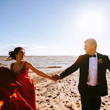 Wedding photographer Darya Churilina (dashachu). Photo of 16.07.2017