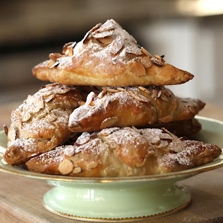 Easy Almond Croissants Recipe