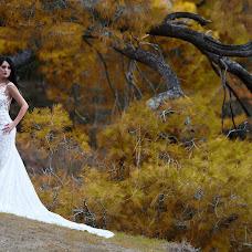 Wedding photographer Kostas Sinis (sinis). Photo of 12.01.2018