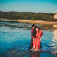 Wedding photographer Kseniya Dikaya (DIKFOTO). Photo of 11.08.2015