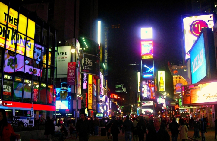 Caos di luci a Times Square di mc.indaimo