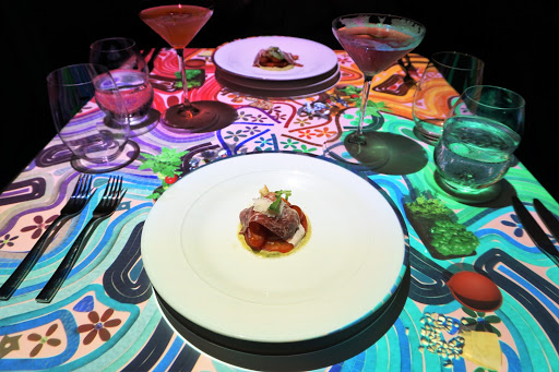 30.jpg - Le Petit Chef and Friends is a digitally enhanced, interactive dining experience featured every night at the Le Grand Bistro, and is something you should not miss!