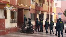 Registros de la Guardia Civil en la Operación Teflón. Foto de la Guardia Civil.