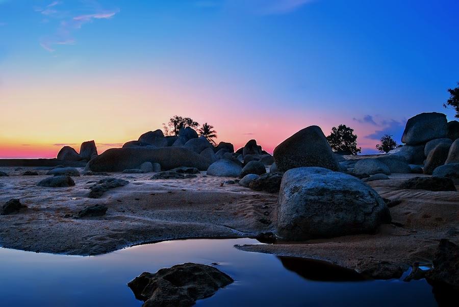 temajuk beach by Jero Sepanto - Landscapes Beaches