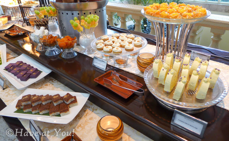 The Lobby's sweets table