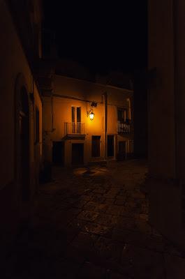 Luce nell'oscurità. di Domenico Lacava