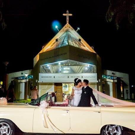 Fotógrafo de bodas Antonio Burgos (essentialsphoto). Foto del 26.12.2017