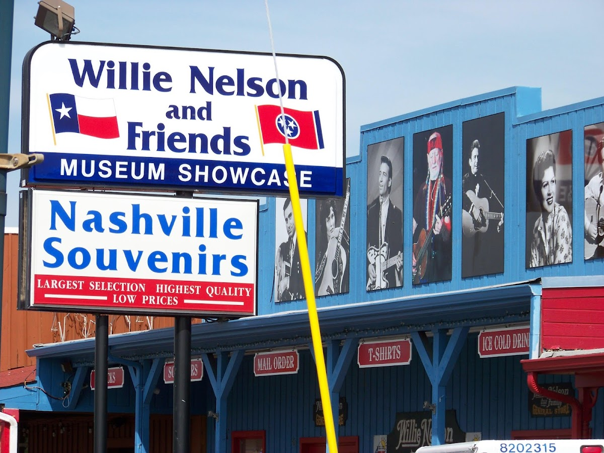 Nashville Tours Celebrity Hangouts- screenshot