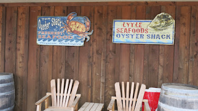 Photo: Stopped by at Oyster store, had lunch there.