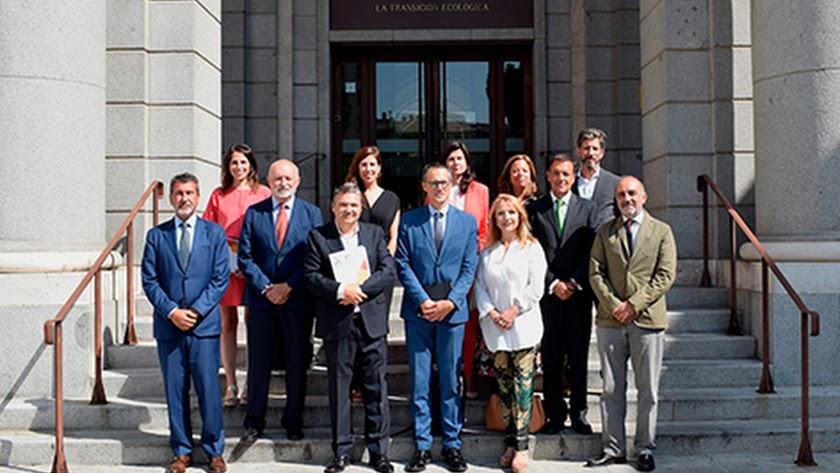 Cajamar se reúne con la ministra Ribera para analizar el cambio climático