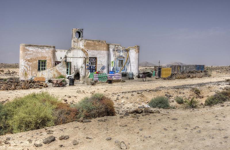 La casa nel deserto di Roberto Simonazzi