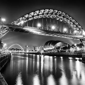 Black and White Tyne Bridge by Davey T - Buildings & Architecture Bridges & Suspended Structures ( quayside, gateshead, newcastle, tyne bridge )