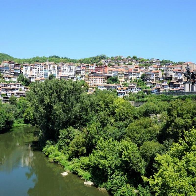 ブルガリアのヴェリコ・タルノヴォにある宮殿跡「ツァレヴェッツの丘」の情緒あふれる風景に感動