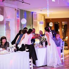 Wedding photographer Natalya Reutova (reutava). Photo of 11.08.2017