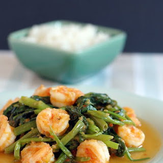Stir-Fry Water Spinach with Shrimp Paste (Belacan Kangkung) Recipe