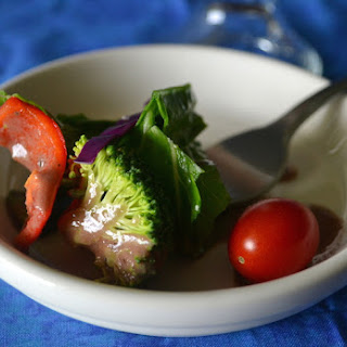 Oil- and Nut-free Berry-Miso Salad Dressing