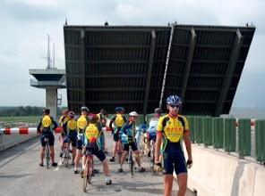 Photo: Ja, en dan staat de brug open.