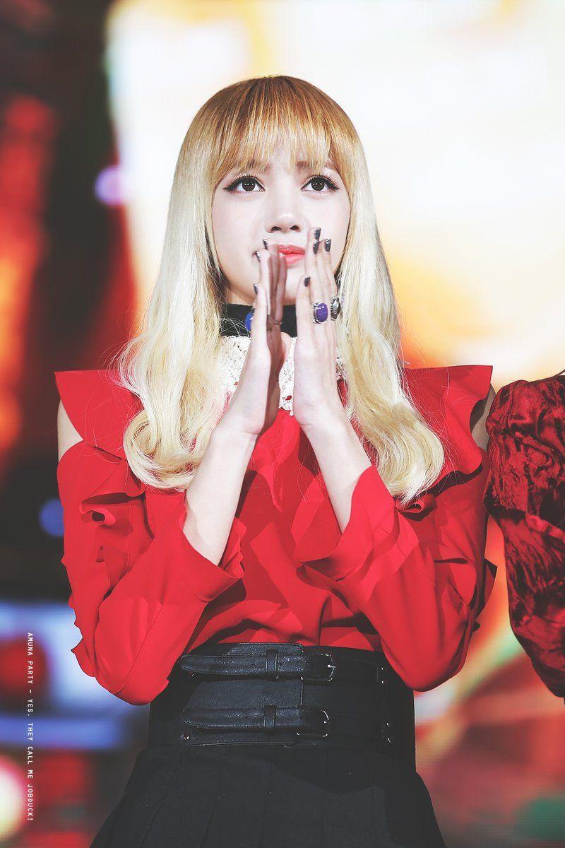 лиза блондинка