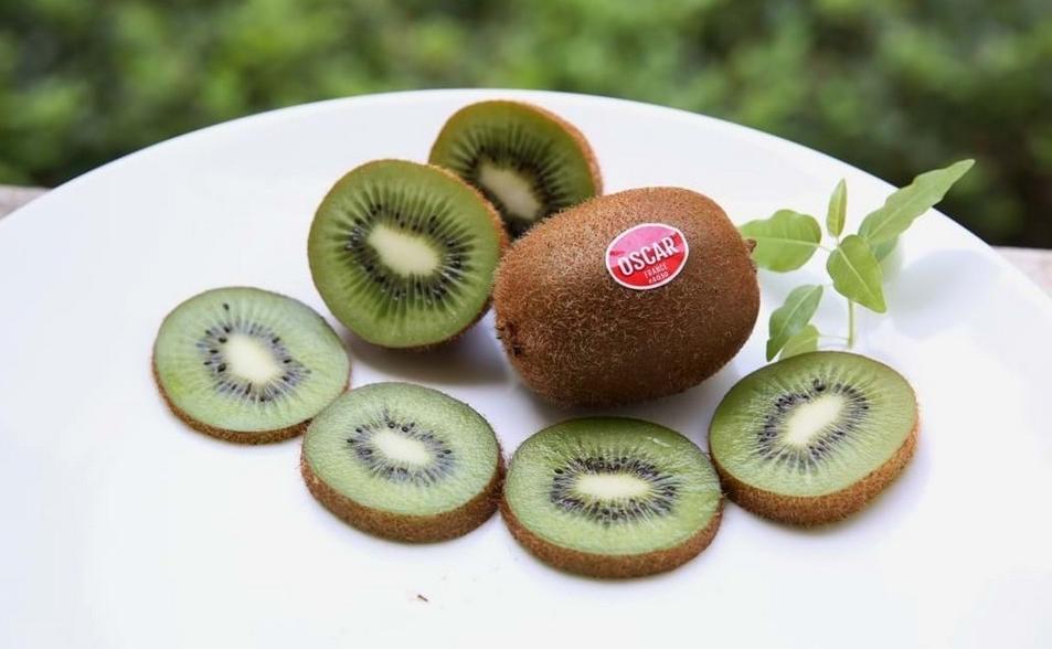 Ăn kiwi nhập khẩu mỗi ngày giúp bạn giảm nguy cơ mắc các bệnh về tim mạch