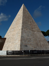 Photo: Rom, Cestius-Pyramide