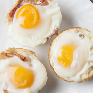 Egg and Toast Breakfast Cups Recipes.