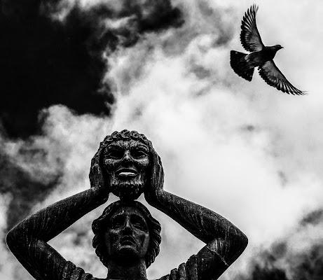 Solo un attimo di fuga. di Federico Marrucci