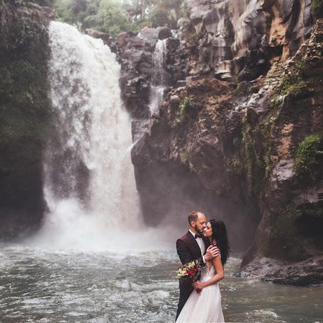 Wedding photographer Oleg Breslavcev (xstream). Photo of 30.11.2017