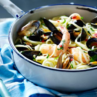 Linguine With Prawns And Mussels.