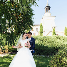Wedding photographer Denis Konstantinov (380960170930). Photo of 09.11.2017