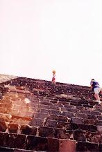 Photo: #003-Teotihuacan -La pyramide de la lune. Hauteur: 43m