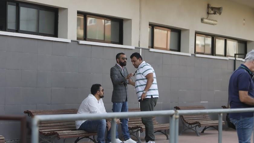 Mohamed El Assy en el Tito Pedro junto a Ibrahim Ewis y Mohamed Adel.