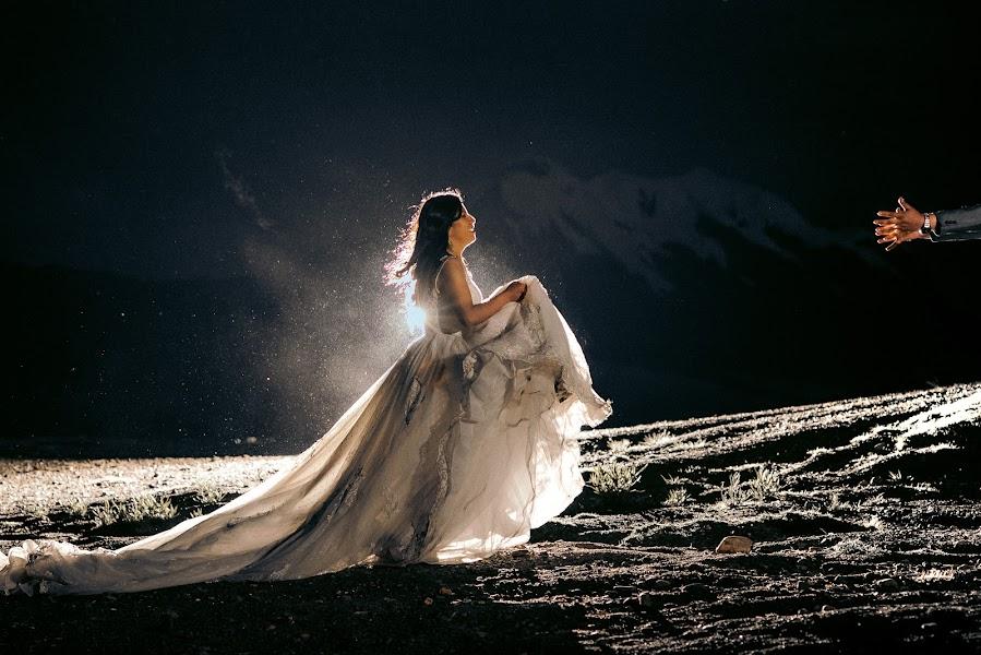 Wedding photographer Valery Garnica (focusmilebodas2). Photo of 26.10.2019